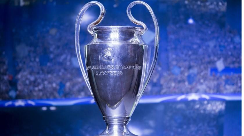 Finales de la Champions League y Europa League, sin fecha para disputarse.(Archivo Digital)
