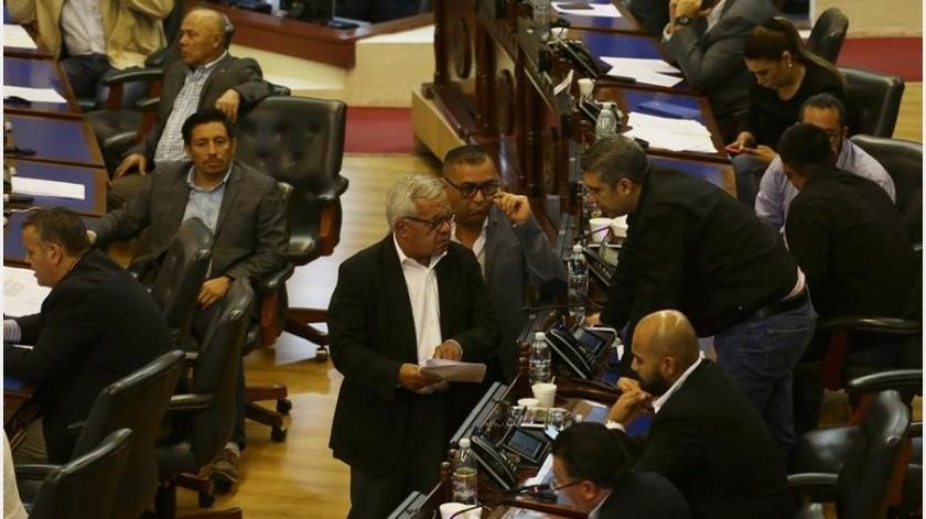 El presidente del Congreso salvadoreño, Mario Ponce, aseguró en una rueda de prensa que este órgano de Estado no autorizó la detención de personas al aprobar el fin de semana pasado el estado de excepción para limitar algunas garantías constitucionales.(EFE)
