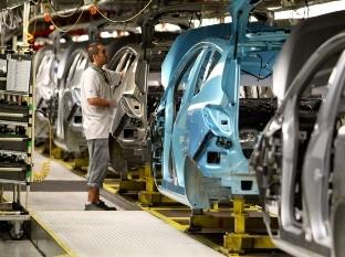 GM y Ford suspenden la producci�n en Norteam�rica hasta el 30 de marzo
