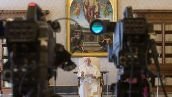 Con todos los viajes anulados, la única salida de Francisco fue el 15 de marzo en una Roma vacía que no se enteró de que el pontífice caminó por la céntrica vía del Corso.