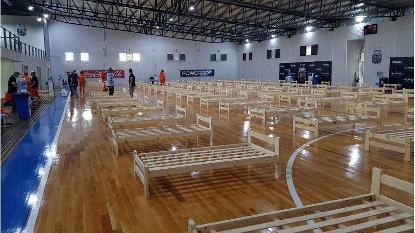 AFA adapta gimnasio como hospital para infectados por coronavirus(Twitter)