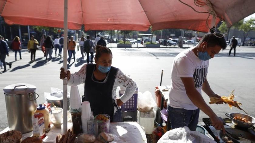 """Paulina Magaña, investigadora de Poder del Consumidor, informó que los 11 millones de casos de diabetes en México los convierten en """"un caldo de cultivo para el COVID-19"""".(AP)"""