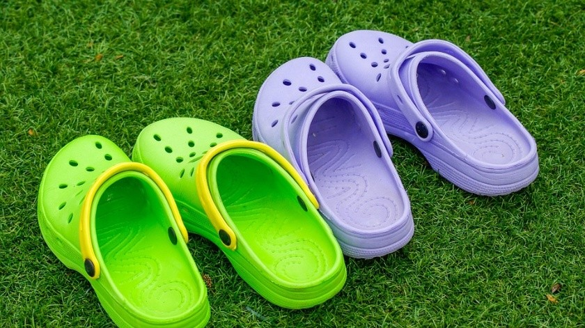 "Zapatos ""Crocs"".(Pixabay)"