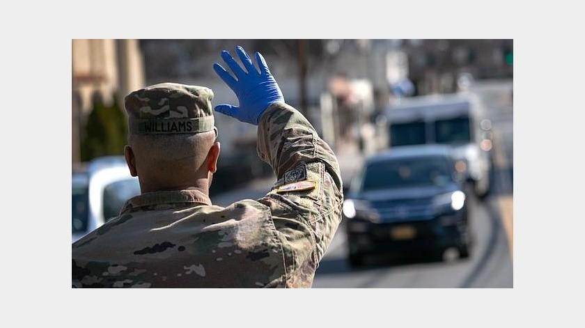 El cuerpo de Ingenieros del Ejército de  Estados Unidos ayudan al estado de Arizona con las medidas contra el coronavirus