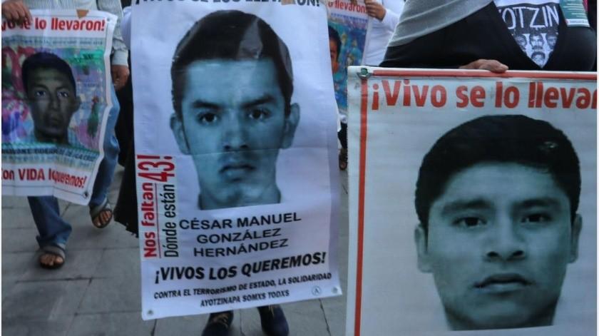 A prisión marino, director de AIC y policía por caso Ayotzinapa
