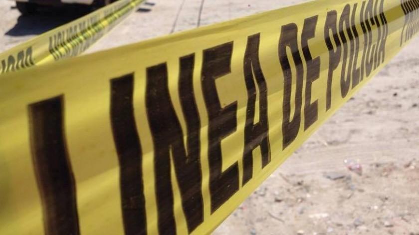 El hombre ahí les cerró el paso, y les disparó, matando a uno y a una mujer la hirió en la cabeza y rescató a su hija.(Ilustrativa)
