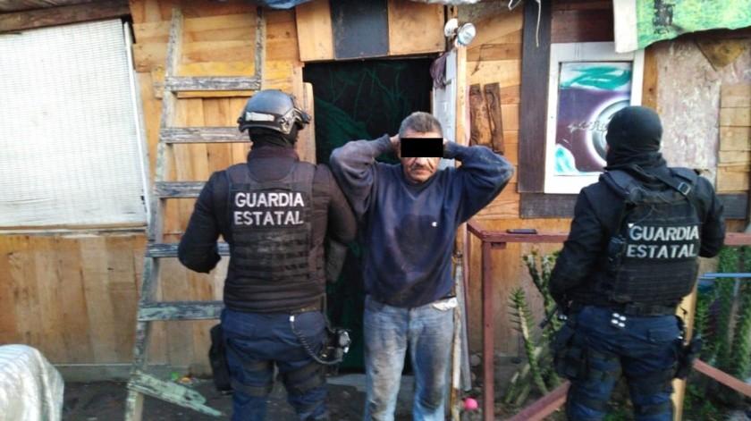 Uno de los detenidos fue arrestado en un domicilio.(Cortesía)