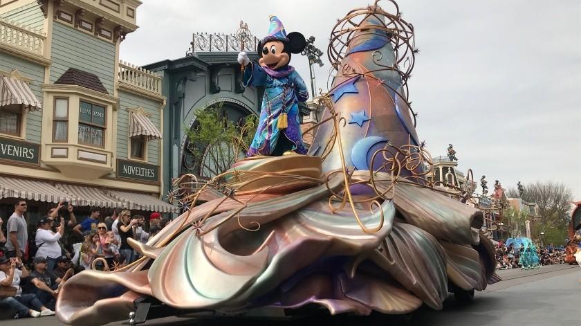 Disneyland no tiene fecha de reapertura.