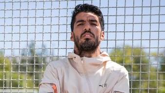 Luis Suárez apoya con 500 cestos de comida y artículos en la pandemia contra el coronavirus