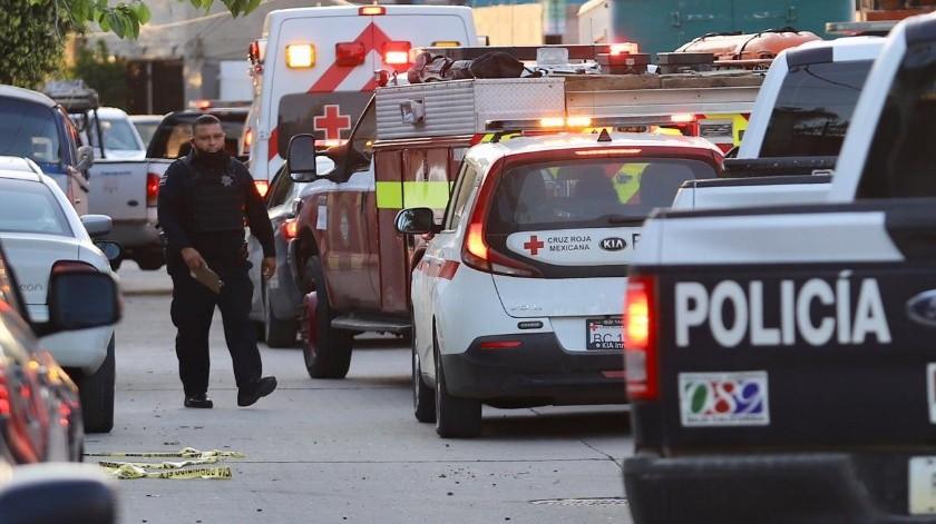 �Las menores fueron trasladadas al Hospital General de Tijuana con lesiones en espalda y en extremidades.(Gustavo Suárez)