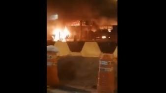 Incendian y atacan taquerías en Celaya