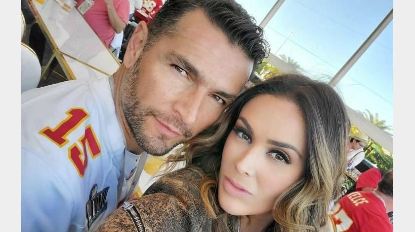 Jacky Bracamontesdio la buena noticia que su familia está libre de COVID-19.(Instagram: jackybrv)