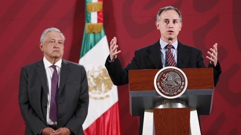Hugo López Gatell, subsecretario de Salud del gobierno de AMLO, ha hecho un llamado a la población a acatar las medidas de prevención para frenar la transmisión del coronvirus.(EFE)