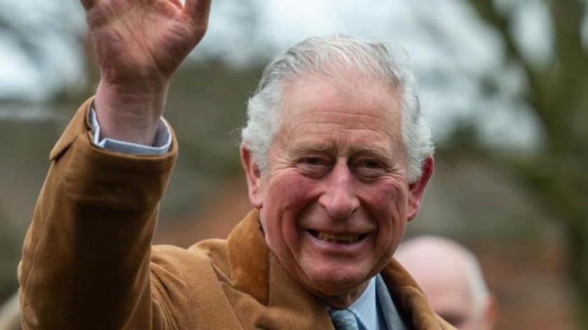 El príncipe Carlos reaparece tras dar positivo en Covid-19