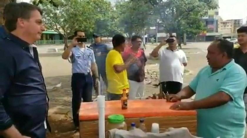 Bloquean video de Bolsonaro de paseo pese a medidas por Covid-19(Captura de pantalla)