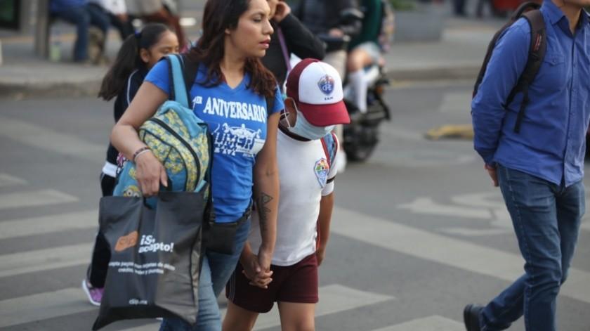 Moctezuma Barragán indicó que se establecería un sistema de educación a distancia.(Agencia Reforma)