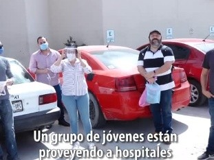 Un grupo de jóvenes hermosillenses tuvieron la iniciativa de armar caretas, imprimiendo en 3D el armazón, para dotar al personal médico de hospitales públicos.