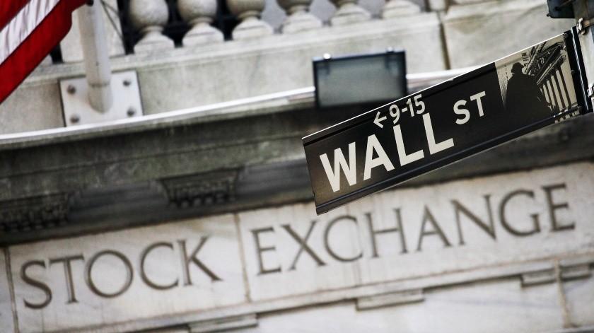 Foto tomada el 16 de julio del 2013 de la fachada de la sede de la Bolsa de Valores de Nueva York.(AP)