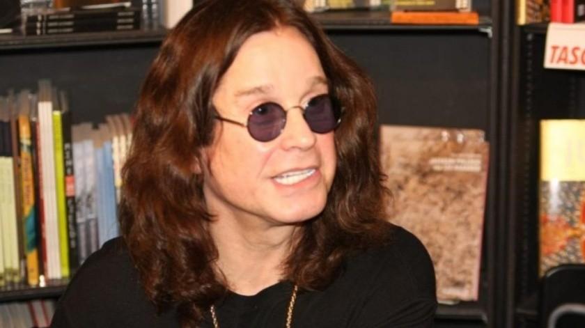 Ozzy Osbourne cancela su tratamiento de Parkinson por pandemia.(Internet)