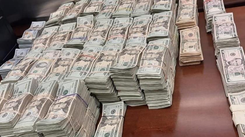 En total se decomisaron 620 mil dólares.(Cortesía)