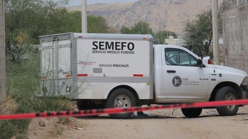 Personal de Servicios Periciales, de la Fiscalía de Justicia de Sonora, realizó el procesamiento de la escena, aseguró indicios en el sitio, y trasladó el cuerpo para que personal de Medicina Legal(Ilustrativa/El Imparcial)
