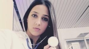 Asesina a su novia, estudiante de medicina, por 'contagiarle' Covid-19
