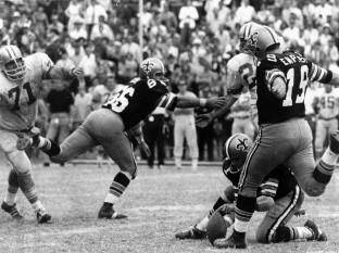 Muere de coronavirus, Tom Dempsey, ex pateador  de los Saints