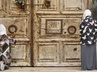 Fieles celebran Domingo de Ramos diferente en Jerusalén