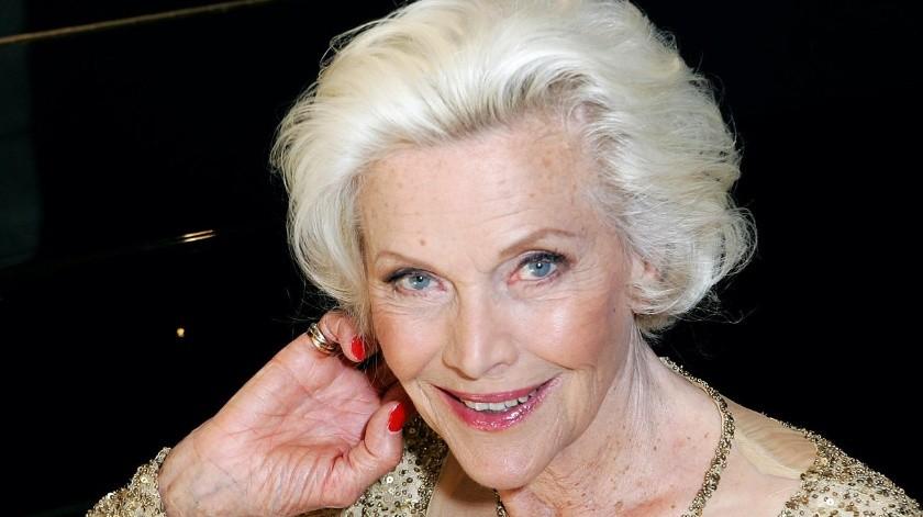 La actriz británica Honor Blackman.(Internet)