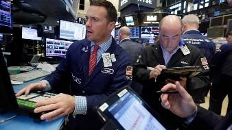 El selectivo S&P 500 subió un 7,03 %, hasta unos 2.664 enteros, y el índice compuesto del mercado Nasdaq, que aglutina a importantes tecnológicas, ascendió un 7,33 %, hasta unos 7.913 puntos.