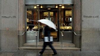 Tiffany & Co. y Levi's anuncian millonarias donaciones contra pandemia