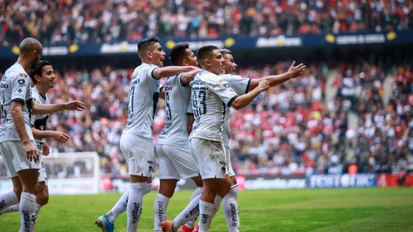 Jesús Ramírez reveló que la Liga BBVA MX adelantó un capital a todos los clubes del Máximo Circuito, el cual estaba destinado para proporcionarse en junio.(Agencia Reforma)