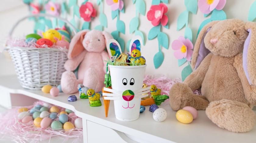 Una alternativa previa a decorarlos puede ser rellenarlos con los dulces favoritos de los pequeños.(Cortesía)