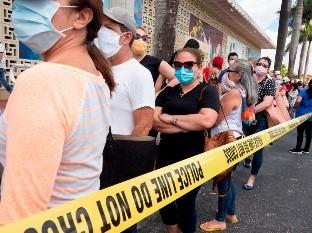 Florida, con m�s de 300 muertes por COVID-19, abrir� cinco hospitales de campa�a