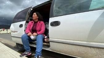 Se muda a su camioneta para evitar contagiar a su familia