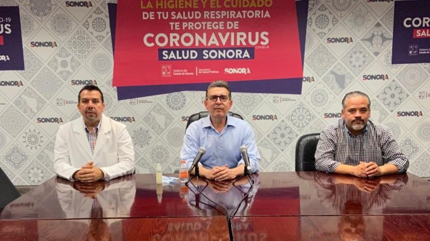"""El secretario de Salud Enrique Clausen afirma que muchos ya han hecho suya la """"vacuna"""" más efectiva contra el Covid-19: quedarse en casa.(Twitter)"""