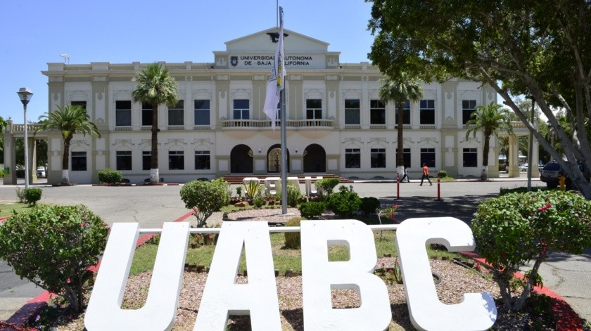 Ofrece UABC servicios bibliotecarios y actividades culturales en línea.(Cortesía)
