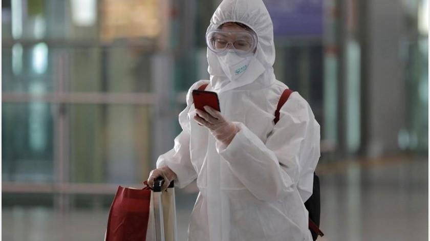 La Comisión Nacional de Sanidad de China aseguró hoy que quedan en el país asiático 144 pacientes en estado grave por la neumonía COVID-19(EFE)