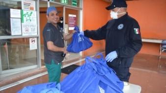 La donación realizada por la cadena El Florido constó de 576 galones (2 mil 178 litros) de solución desinfectante y 650 bolsas con insumos de hidratación y colación.