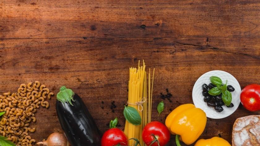 Lo que favorece el ph alcalino son las verduras de hojas verdes y frutas. Se recomienda que sea crudo y el proceso de desinfección debe ser primordial.(Pixabay.)