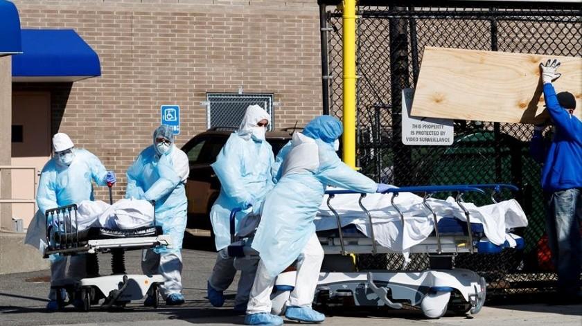 Los agentes federales dicen que el farmacéutico gastó más de 200 mildólares en mascarillas cuando el virus comenzó a extenderse por China.(EFE)