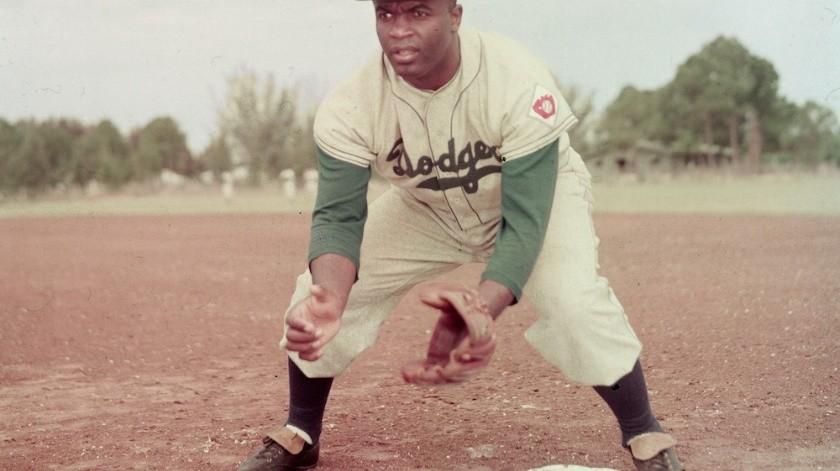 Un día como hoy, pero de hace 73 años, se convirtió en el primer pelotero afroamericano en jugar en un partido de Grandes Ligas.