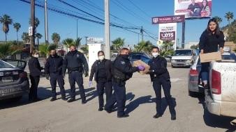 Se gestionó la entrega de 242 despensas por parte del Sistema DIF a familiares de algunos de los adolescentes que participan en el programa de la Policía Juvenil..