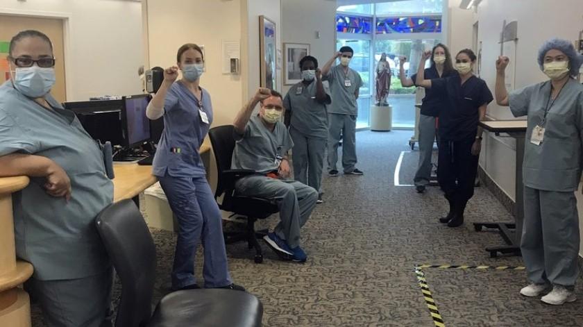EU: Suspenden a enfermeras tras rechazar brindar atención a pacientes con Covid-19 sin máscara N95(AP)