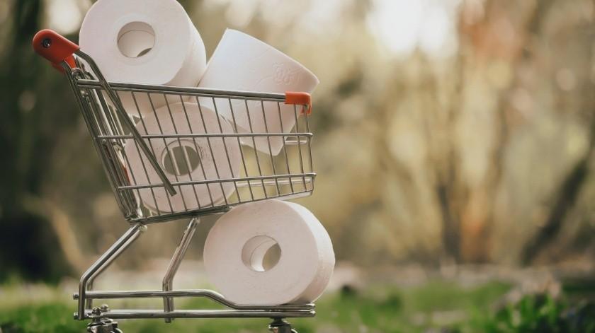 Exige devolución de dinero tras comprar kilos de papel higiénico(Pixabay)