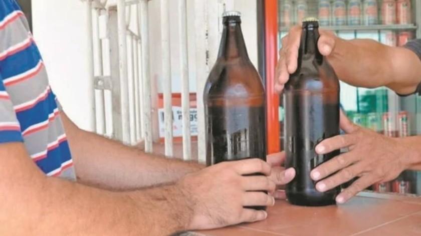 Restringen venta de alcohol en Xochitepec y Cuautla, Morelos por Covid-19(El Universal)