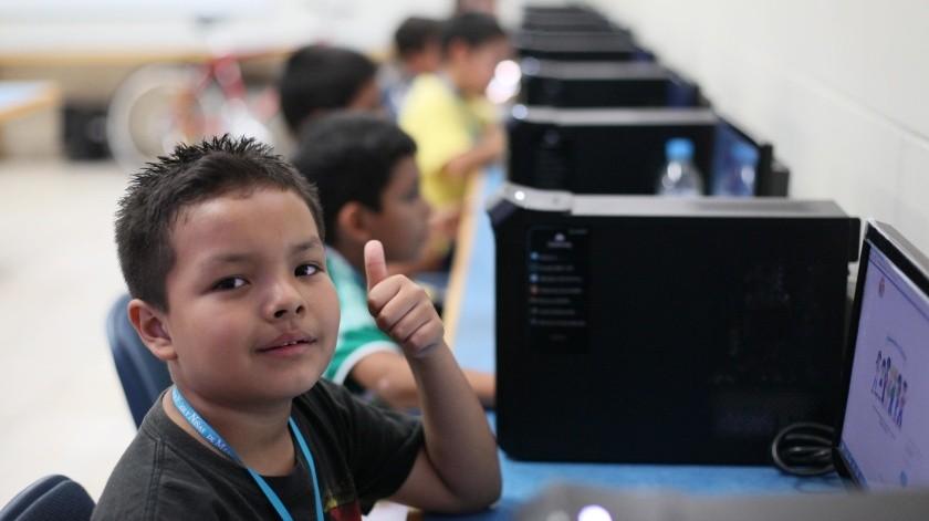 Vuelven a clases 30 millones de estudiantes de manera virtual: SEP(Omar Martinez)