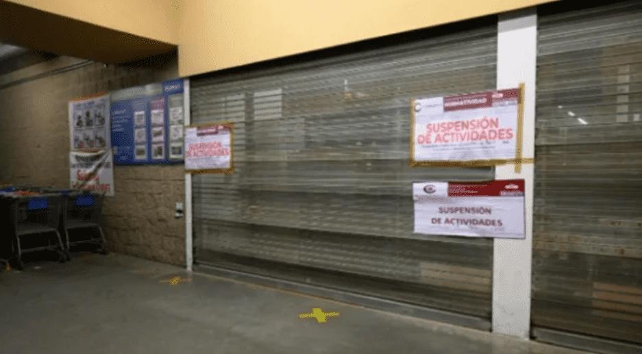 El alcalde morenista, Darwin Eslava, informó que la tiendarebasó el aforo permitidodurante la contingencia ordenada por el gobierno federal.