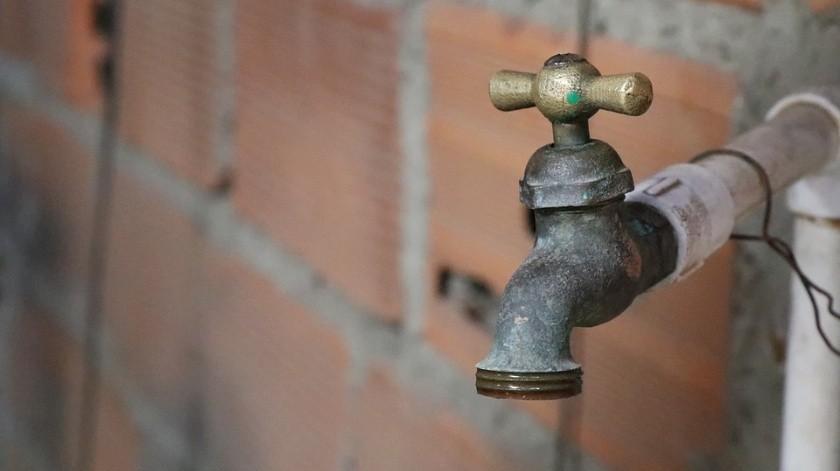 Afectará baja presión en servicio de agua a 65 mil usuarios