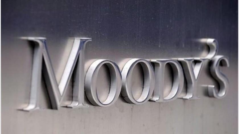 En medio de la crisis internacional del hidrocarburo, la agencia Moody's bajó este lunes la calificación de las notas existentes de Petróleos Mexicanos(EFE)
